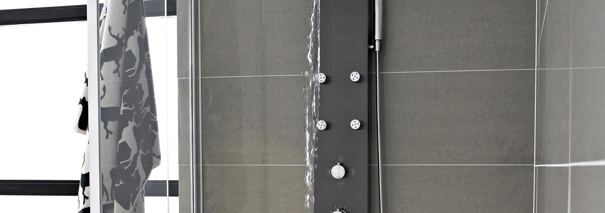 6 of the Best Hudson Reed Shower Panels | Hudson Reed