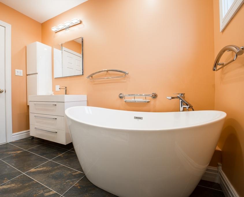 10 Timeless Bathroom Color Ideas | Hudson Reed