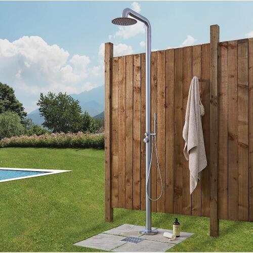 Showers hudson reed for Outdoor shower tower