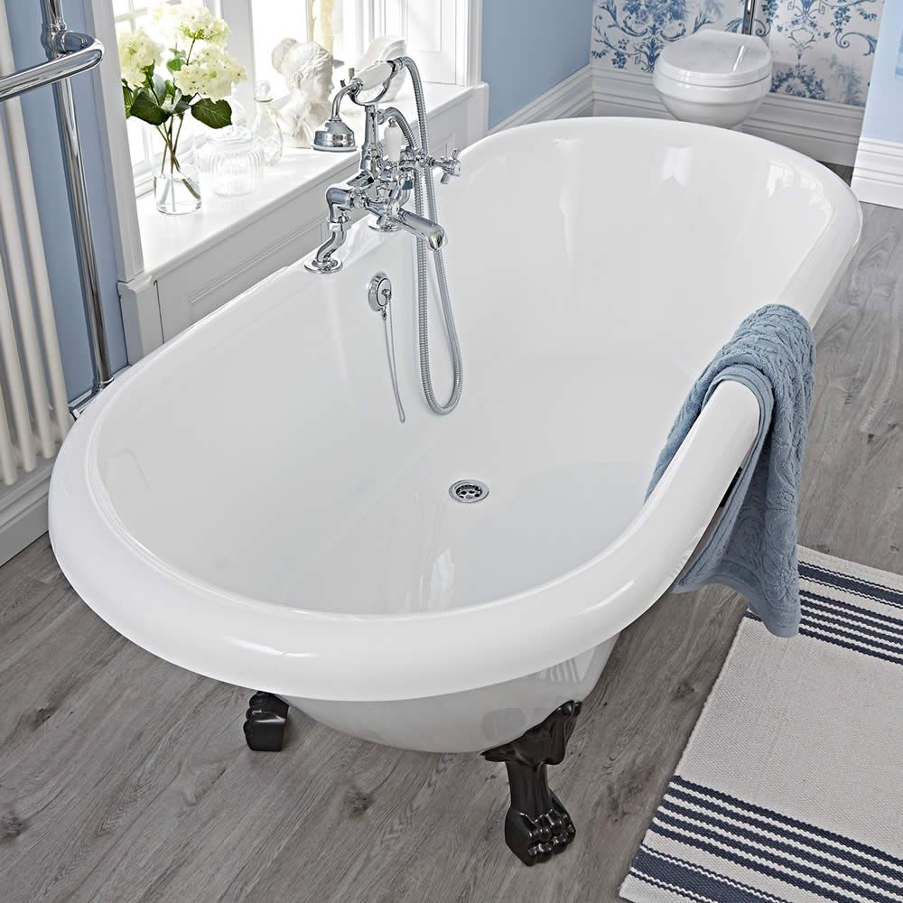 corner clawfoot between bathtub american double jacuzzi standard and person difference size tub two
