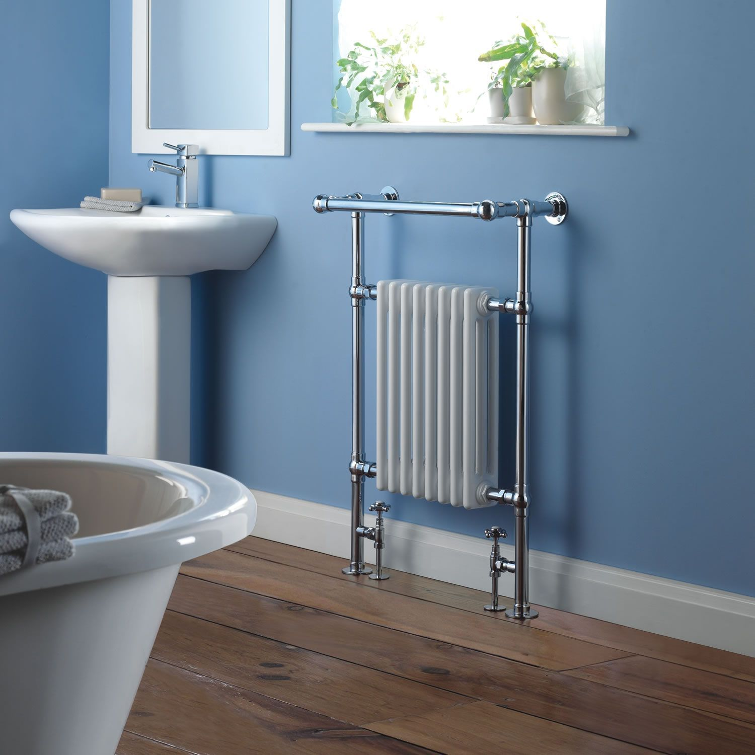 Marquis - Traditional Hydronic Heated Towel Warmer with Shelf - 36.5 ...