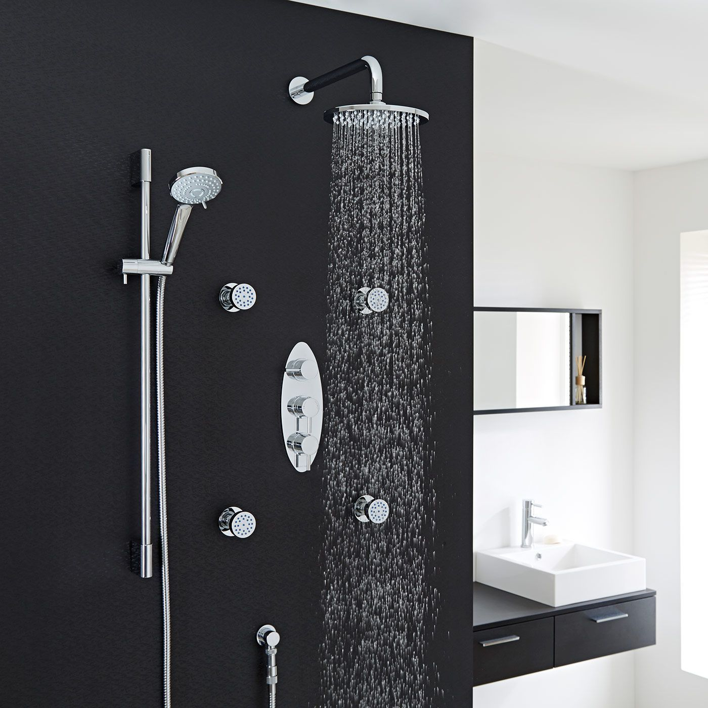 Quest Thermostatic Shower System with 8\