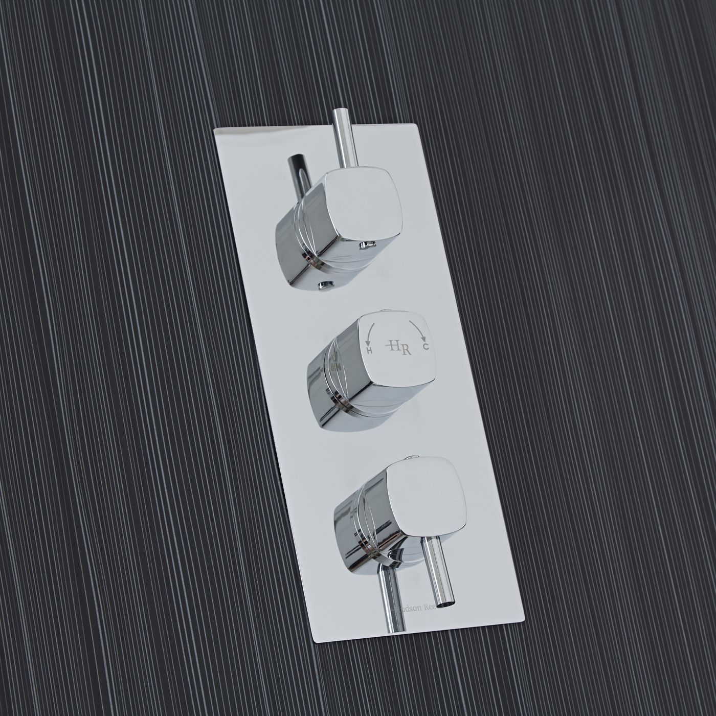 Kia Jule Triple Concealed Thermostatic Chrome Shower