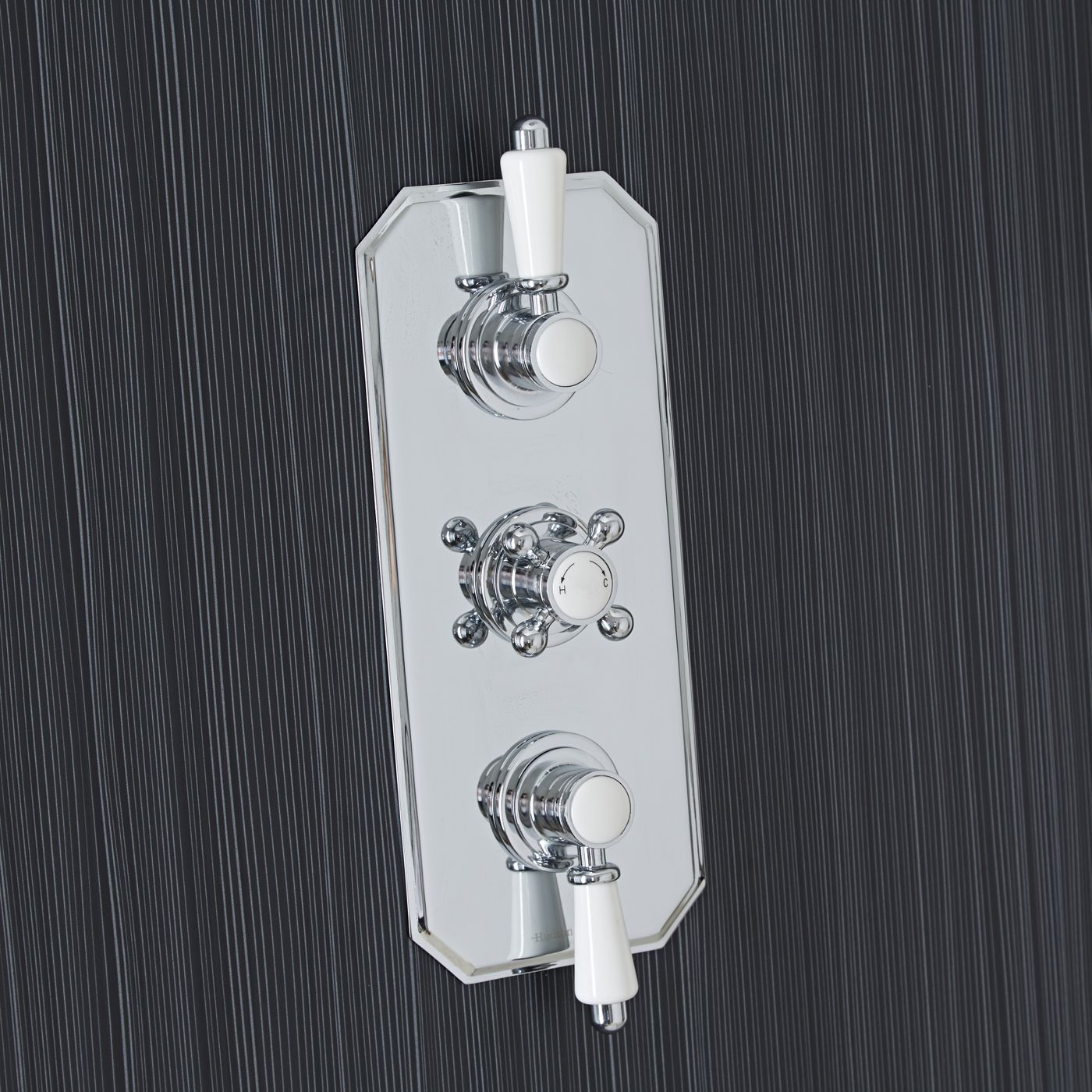 Traditional Concealed 2 Outlet Triple Thermostatic Shower Valve (Traditional Plate)