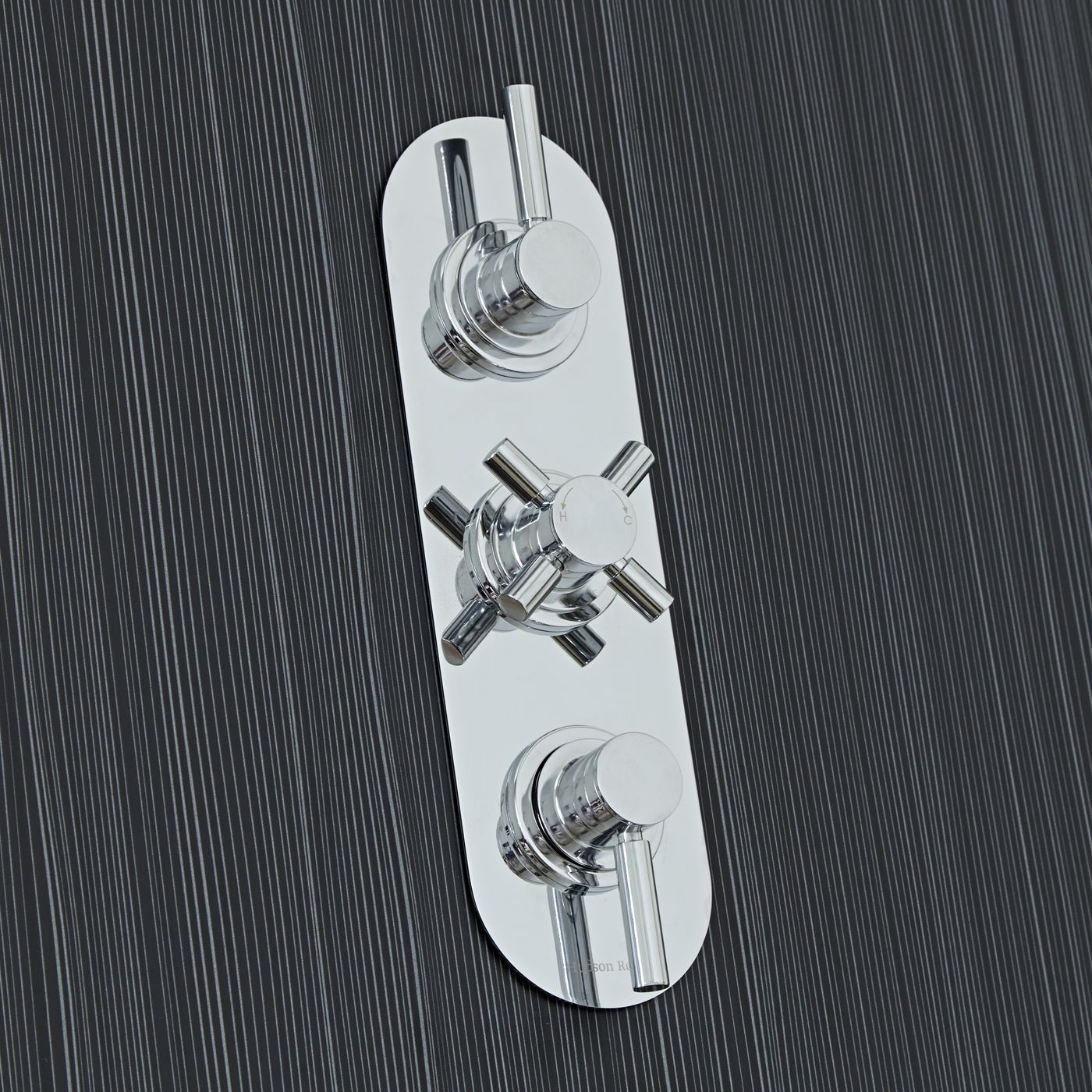 Tec Concealed 3 Outlet Triple with Diverter Thermostatic Shower Valve (Racetrack Plate)