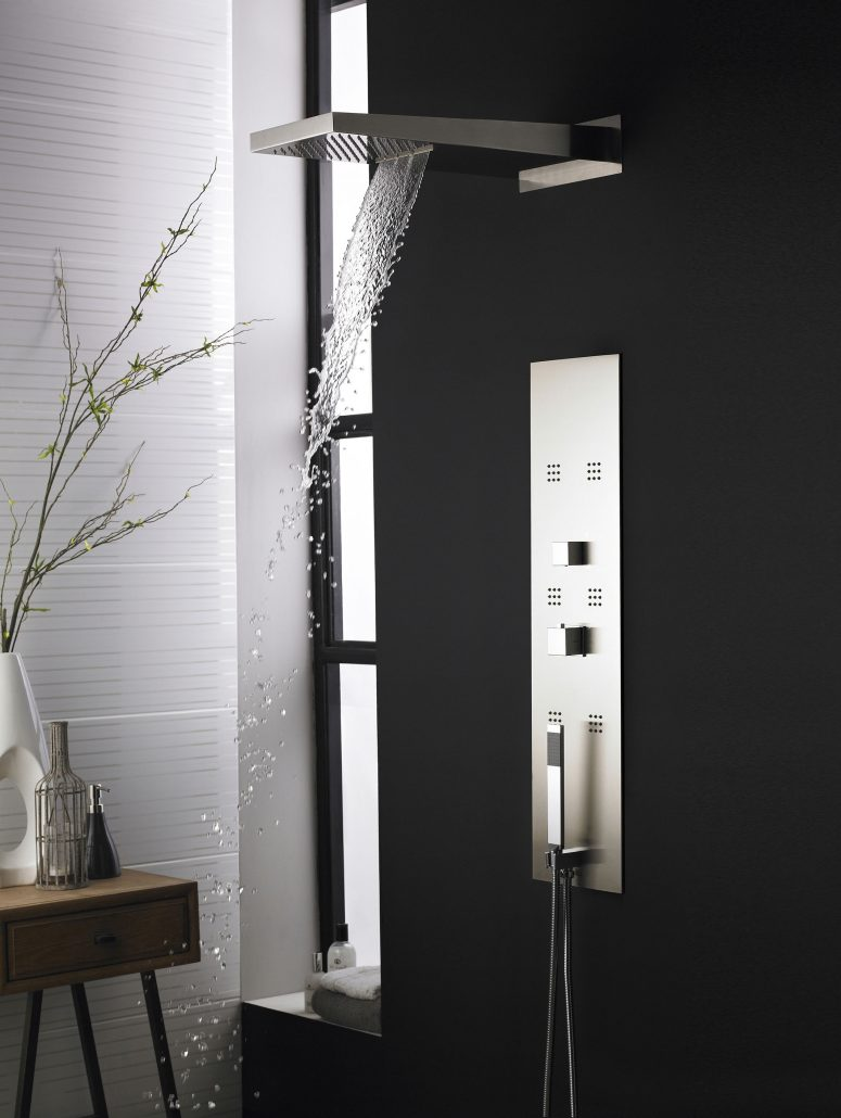 PIN001 Interval shower lifestyle